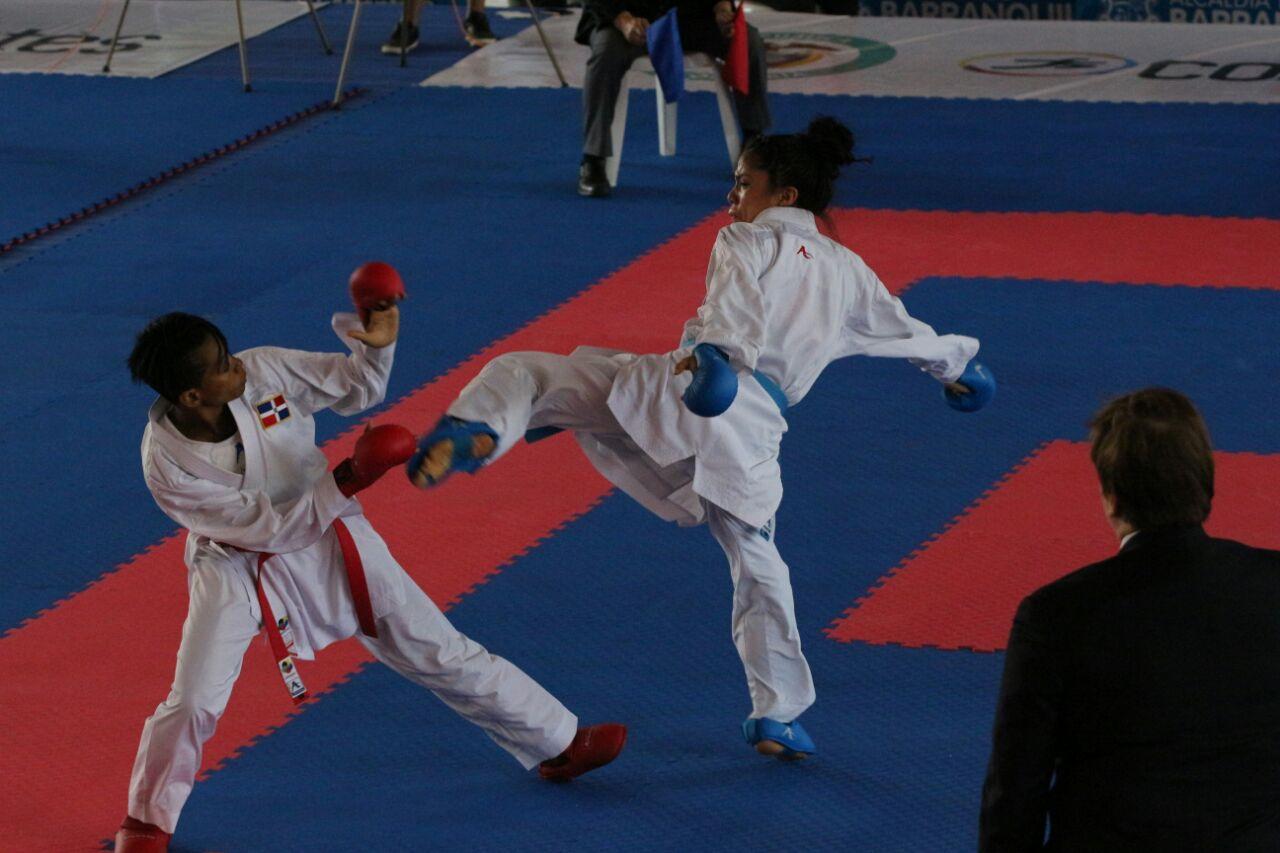 Primer día de actividad del karate