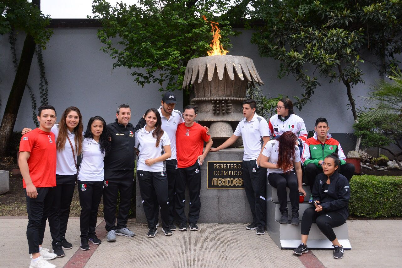 Encienden Fuego Nuevo e inician relevos rumbo a tierras colombianas