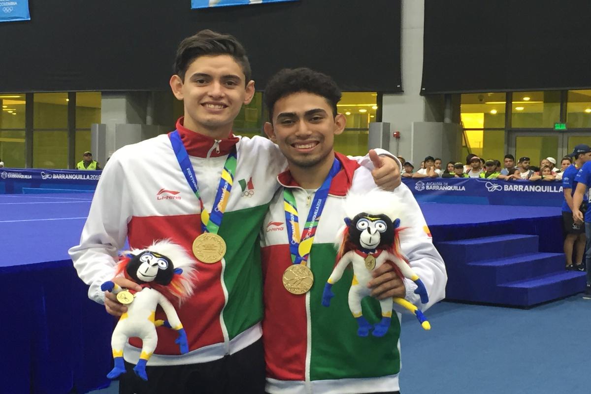 Consigue gimnasia de trampolín cuatro medallas