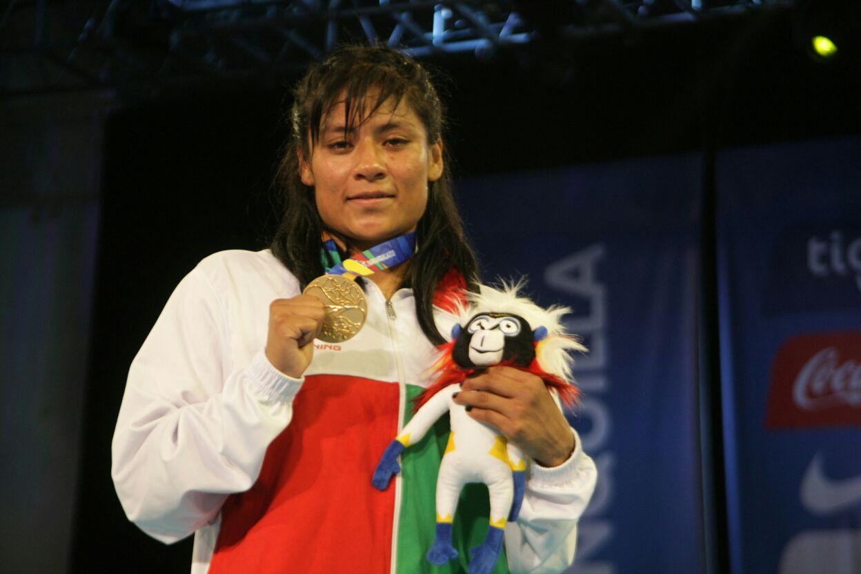 Esmeralda Falcón, nueva monarca regional en los 60 kg